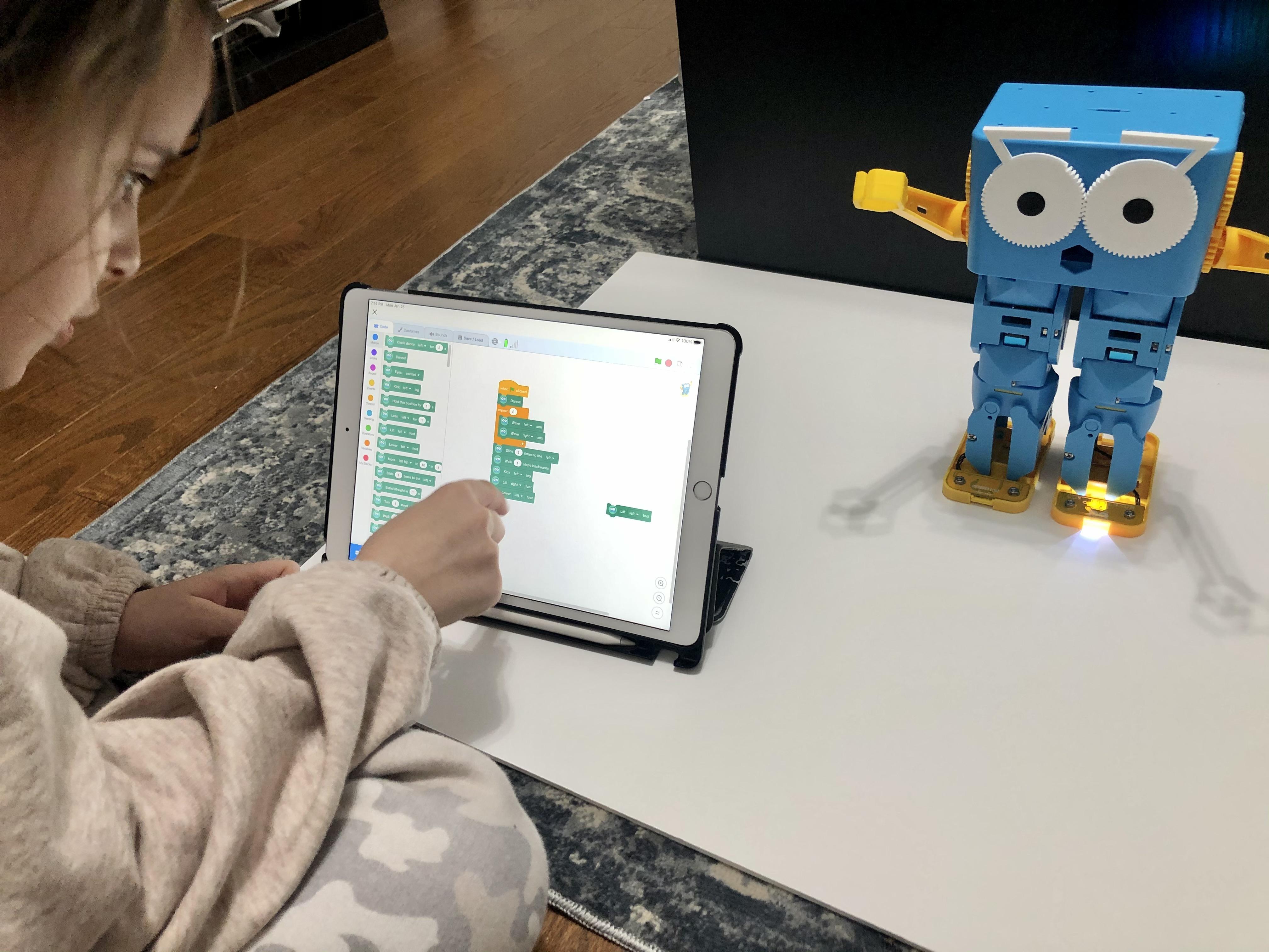 Meet Marty The Robot!